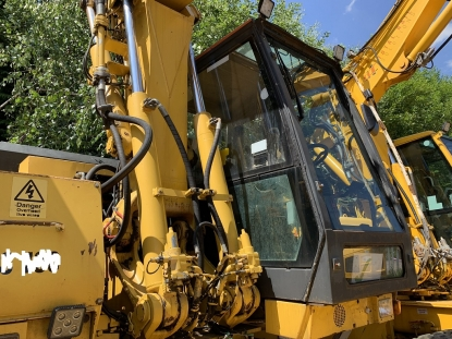 LIEBHERR A 900 C FOR SALE